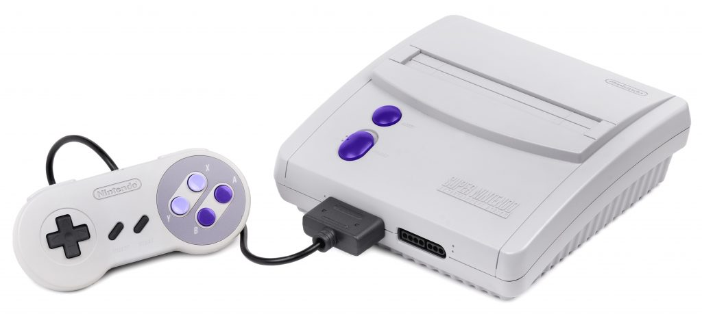 Numa-parceria-com-a-Estrela-cria-a-Playtronic-sob-licença-da-Nintendo-e-lança-os-consoles-NES